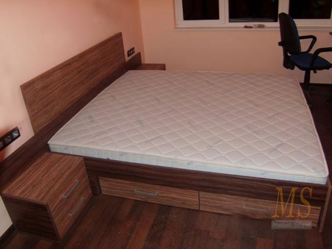 Кровати двуспальные Киев
